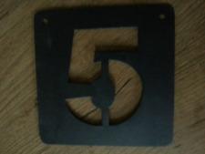 Pochoir métal 10 x 10 cm chiffre 5 neufs Athezza