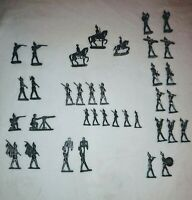 Lot Of 36 pewter Lead Soldiers Marching Band Figurines