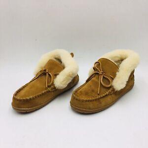 Lands' End Women's Suede Shearling Fur Moccasin Slipper Size 9 English Tan, P/O
