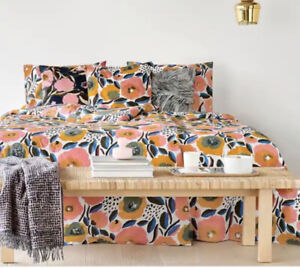 Marimekko Rosarium KING Comforter Set In Multi With 2 Standard Shams!!