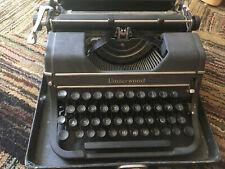 1940s UNDERWOOD UNIVERSAL TYPEWRITER