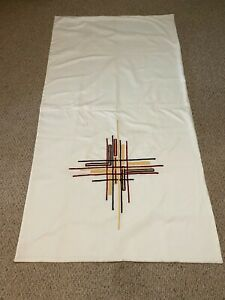ALTAR CLOTH WITH EMBROIDERED CROSS PATTERN