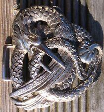Importante boucle de ceinture métal argenté motif oiseau