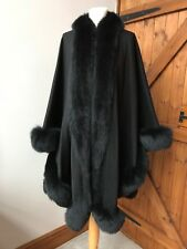 Cashmere Ladies Coat Poncho with Real Fur all around Harrods made worn TWICE