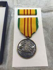 Vietnam Service Medal & Ribbon Bar - Original U.S. Gi Issue - made in the Usa