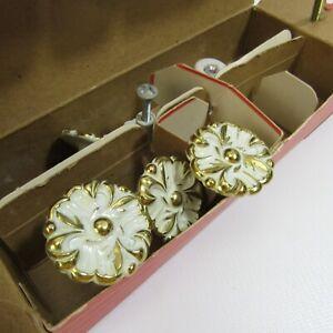Vintage Towne Hardware of Elegance Lot of 6 Ceramic Drawer Knobs White