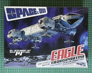 Gerry Anderson : Space 1999 : Eagle Transporter 1/72 Scale Model Kit by MPC