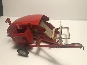 Vintage Tru-Scale Red Combine Farm Implement 1/16 Scale