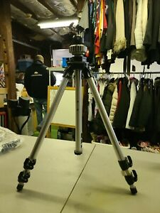 Original Bogen Manfrotto 3021 Tripod - OVERALL EXCELLENT Condition - VERY NICE !