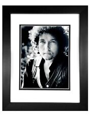 Bob Dylan   8x10 B/W Photo Framed 11x14