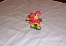 RED FRAGGLE PVC. VEGETABLE RADISH FRAGGLE ROCK 1988 HBO SHOW  HENSON PRODUCTIONS