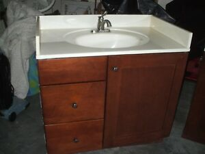 "Transitional Bathroom Vanity Set w/ Marble Top 36"" Single Sink and Delta faucet"