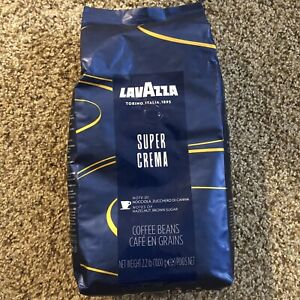 LavAzza Super Crema Espresso Whole Bean Coffee - 2.2 lbs. Exp. 06/30/2022