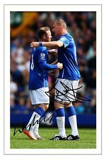 DUNCAN FERGUSON & WAYNE ROONEY EVERTON SIGNED AUTOGRAPH PHOTO PRINT