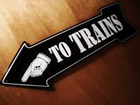 TO TRAINS Arrow Sign Finger Pointing Left Model Railroad Track Black Decor Sign