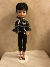 """Vintage Uneeda 2S Doll 19"""" Fashion Doll And Outfit"""