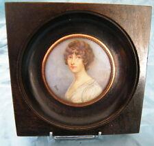 Peinture Portrait femme Anglaise à identifier,signé Brun,fin 19-20eme,n°19