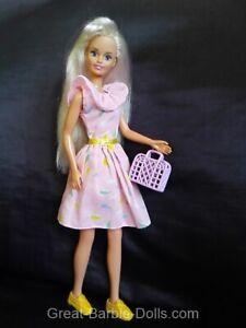 HASBRO SINDY Barbie Puppe - Platinblond - TOP Zustand - trägt original Kleidung