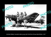 OLD POSTCARD SIZE PHOTO AUSTRALIAN MILITARY SOLDIERS WITH A STUKA BOMBER c1942