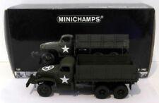 Camions miniatures verts guerre