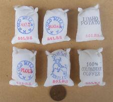1:12 SCALA 6 piccoli Sacchi tela cibo cucina in miniatura casa delle Bambole Accessorio Negozio