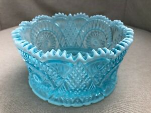 Sweet MOSSER GLASS Ice Blue Opalescent Iridescent Carnival Bowl DIAMOND CLASSIC