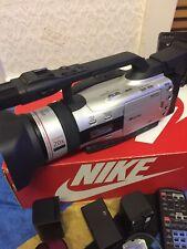 Canaon 3CCD Digital Video Camcorder XM2PAL FLUORITE 20X3CCD MEGA pixel di registrazione