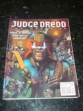 JUDGE DREDD THE MEGAZINE - Series 2 - No 44 - Date 12/1993 - UK Comic