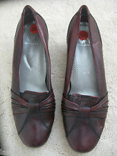 Milano Brown Leather Flat casual shoes Pumps (NEW) UK size 5.5