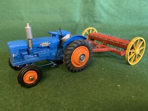 Corgi Fordson Supermajor Farm Vintage Tractor With Dinky Hay Rake