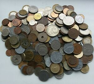 mix of 100 world coins