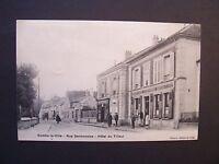 CPA  -  ( 77 ) - COMBS-LA-VILLE -  Rue Sermonoise -  Hôtel du Tilleul  - 1905
