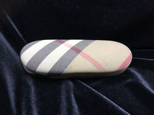 "Burberry Eyeglasses Sunglasses Clam-shell Glasses Case 6""  Glass Case"