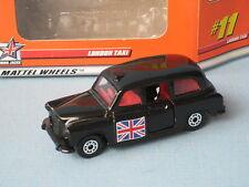 Matchbox Fx4r London Taxi con bandera de ambos lados Juguete Coche Modelo En Caja