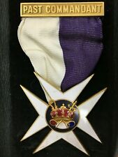Past Commander Commandant Jewel Masonic Fraternal Badge