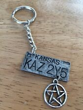 Supernatural - Number Plate KAZ 2Y5 With Pentagram  - Keyring/Bag Charm