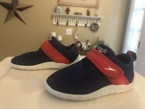 Speedo Kids Shore Explore Water Shoes Size M (7-8) Navy & Red