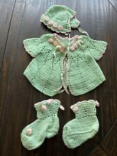 Vintage Crocheted Baby Clothes 00006000