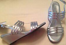 Sandals ladies sz 6.5M EUR 38 man made materials Comfort Plus Predictions silver