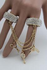 Women Gold Metal Chain Fashion Jewelry 2 Finger Ring Hair Brush Dresser Scissors
