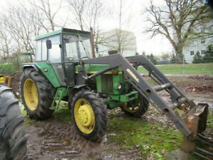 John Deere 3130 LS with Stoll front loader