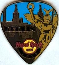 Hard Rock Cafe BERLIN Postcard Pick Series Pin. (PPP)