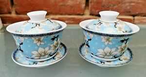 PAIR VINTAGE CHINESE PORCELAIN BLUE & WHITE TEA BOWLS & LIDS BLOSSOM DECORATED