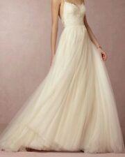 Lace Scoop Neck Sleeveless Tulle Wedding Dresses