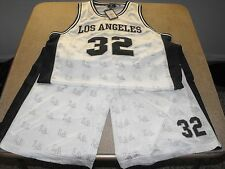 Xl Victorious white and black Los Angeles 32 basketball set, low rider, urban.