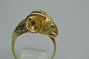9ct GENTS GOLD ARIES THE RAM RING