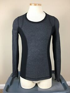 Lululemon Run Turn Around Long Sleeve Top Gray Black Reversible Women's Size 4