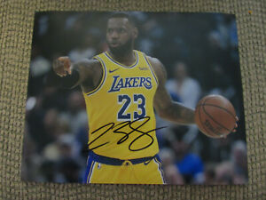 LeBron James LA Lakers 8x10 Photo No COA