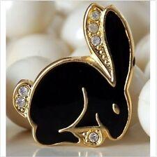 Bunny / Hase zum Anstecken mit Swarovski Modeschmuck Anhänger Brosche Bunny