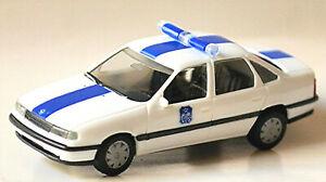 Opel Vectra A Stufenheck Polizei Belgien 1988-95 weiss 1:87 Herpa 041973